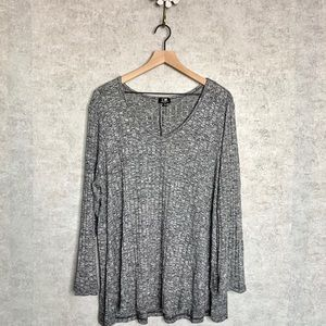 Cable & Guage grey waffle knit top
